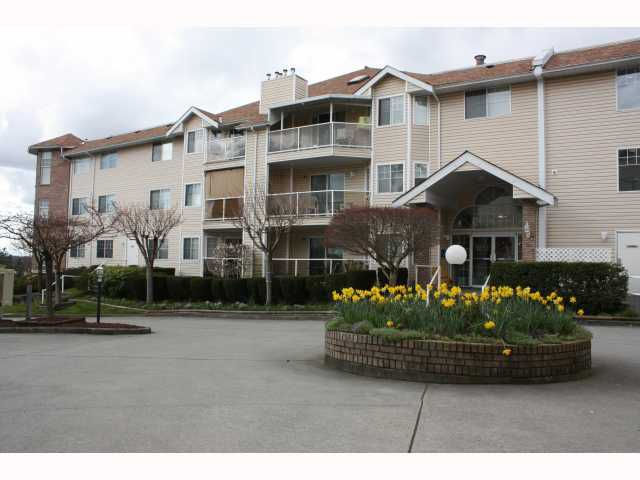 """Main Photo: 314 22611 116TH Avenue in Maple Ridge: East Central Condo for sale in """"ROSEWOOD COURT"""" : MLS®# V817563"""