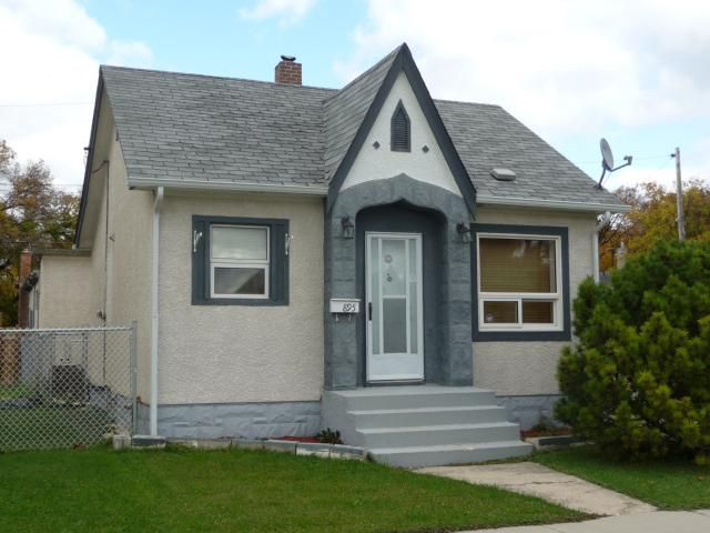 Main Photo: 895 Magnus Avenue in WINNIPEG: North End Residential for sale (North West Winnipeg)  : MLS®# 1019234