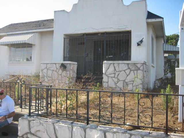 Main Photo: MISSION HILLS House for sale : 2 bedrooms : 1504 Fort Stockton in San Diego