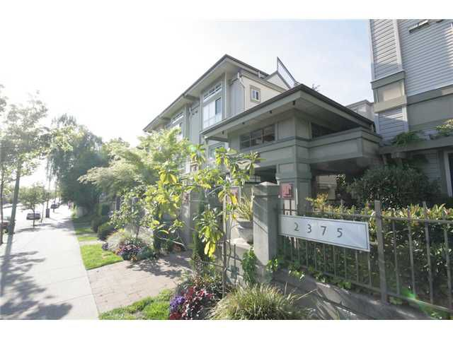 """Main Photo: 27 2375 W BROADWAY in Vancouver: Kitsilano Townhouse for sale in """"TALIESIN"""" (Vancouver West)  : MLS®# V829496"""