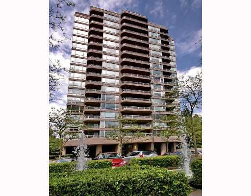 "Main Photo: 207 9633 MANCHESTER Drive in Burnaby: Cariboo Condo for sale in ""STRATHMORE TOWERS"" (Burnaby North)  : MLS®# V808868"