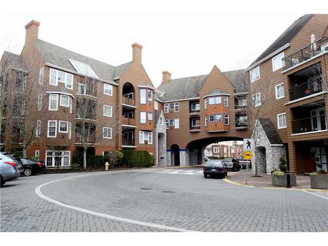 """Main Photo: 204 1369 56TH Street in Tsawwassen: Cliff Drive Condo for sale in """"Windsor Woods"""" : MLS®# V862254"""