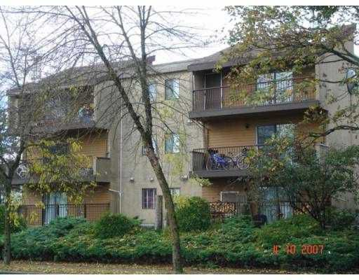 """Main Photo: 205 5155 IMPERIAL Street in Burnaby: Metrotown Condo for sale in """"ROYAL OAK APARTMENTS"""" (Burnaby South)  : MLS®# V770861"""