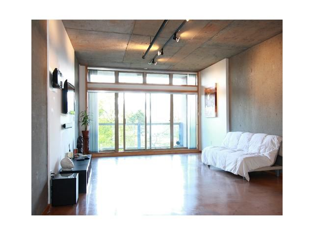 "Main Photo: 202 1529 W 6TH Avenue in Vancouver: False Creek Condo for sale in ""WSIX"" (Vancouver West)  : MLS®# V819849"
