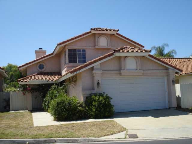 Main Photo: EAST ESCONDIDO House for sale : 4 bedrooms : 1359 Hiawatha in Escondido