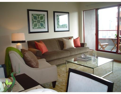 """Main Photo: # 1303 811 HELMCKEN ST in Vancouver: Downtown VW Condo for sale in """"IMPERIAL TOWER"""" (Vancouver West)  : MLS®# V781526"""
