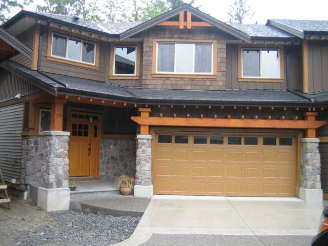 "Main Photo: 82 24185 106B Avenue in Maple Ridge: Albion House 1/2 Duplex for sale in ""TRAILS EDGE"" : MLS®# V817468"