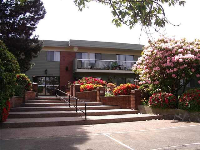 "Main Photo: 214 2600 E 49TH Avenue in Vancouver: Killarney VE Condo for sale in ""SOUTHWINDS"" (Vancouver East)  : MLS®# V832039"