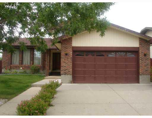 Main Photo: 47 TEMPLEBY Crescent NE in : Temple Residential Detached Single Family for sale (Calgary)  : MLS®# C3403066