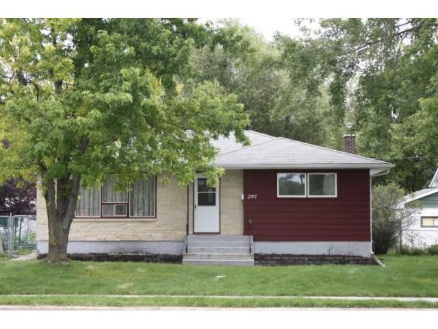 Main Photo: 297 WESTWOOD Drive in WINNIPEG: Westwood / Crestview Residential for sale (West Winnipeg)  : MLS®# 1016374