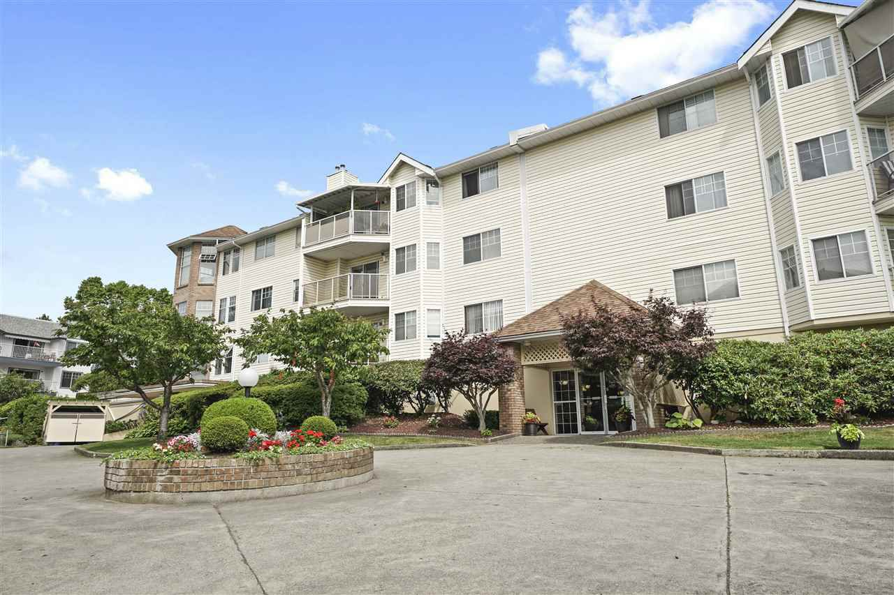"""Main Photo: 303 22611 116 Avenue in Maple Ridge: East Central Condo for sale in """"ROSEWOOD COURT"""" : MLS®# R2388461"""
