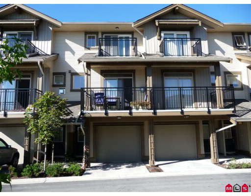 """Main Photo: 50 20326 68TH Avenue in Langley: Willoughby Heights Townhouse for sale in """"SUNPOINTE"""" : MLS®# F2920459"""