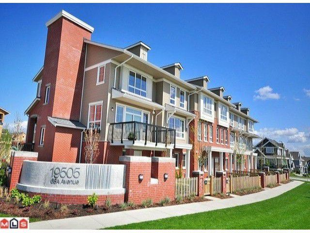 """Main Photo: 92 19505 68A Avenue in Surrey: Clayton Townhouse for sale in """"Clayton Rise"""" (Cloverdale)  : MLS®# F1016029"""