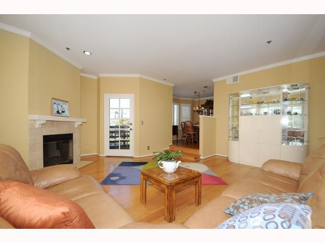 Main Photo: MISSION HILLS Condo for sale : 2 bedrooms : 909 Sutter #201 in San Diego