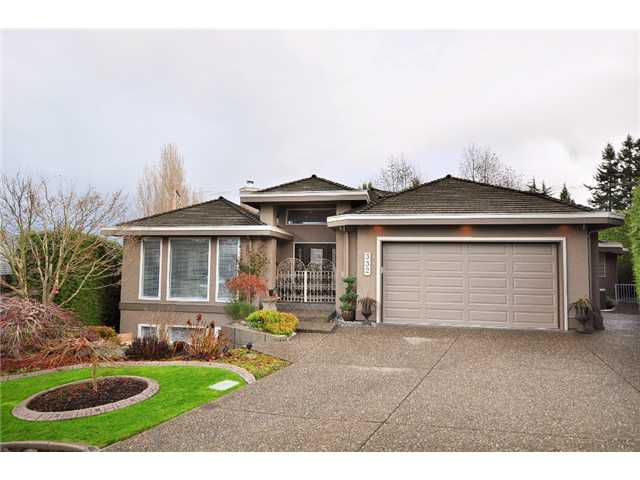"""Main Photo: 332 ROSEHILL Wynd in Tsawwassen: Pebble Hill House for sale in """"ROSE HILL"""" : MLS®# V860488"""