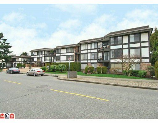 "Main Photo: 213 1437 FOSTER Street: White Rock Condo for sale in ""WEDGEWOOD PARK"" (South Surrey White Rock)  : MLS®# F1001998"