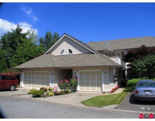 """Main Photo: 203 16071 82ND Avenue in Surrey: Fleetwood Tynehead Townhouse for sale in """"Springfield Green"""" : MLS®# F1005660"""