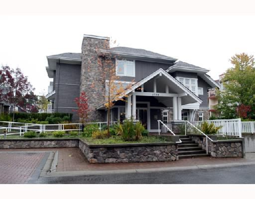"Main Photo: 101 1704 56TH Street in Tsawwassen: Beach Grove Condo for sale in ""HERON COVE"" : MLS®# V739492"