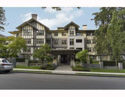 """Main Photo: 213 4885 VALLEY Drive in Vancouver: Quilchena Condo for sale in """"MCLURE HOUSE"""" (Vancouver West)  : MLS®# V759807"""