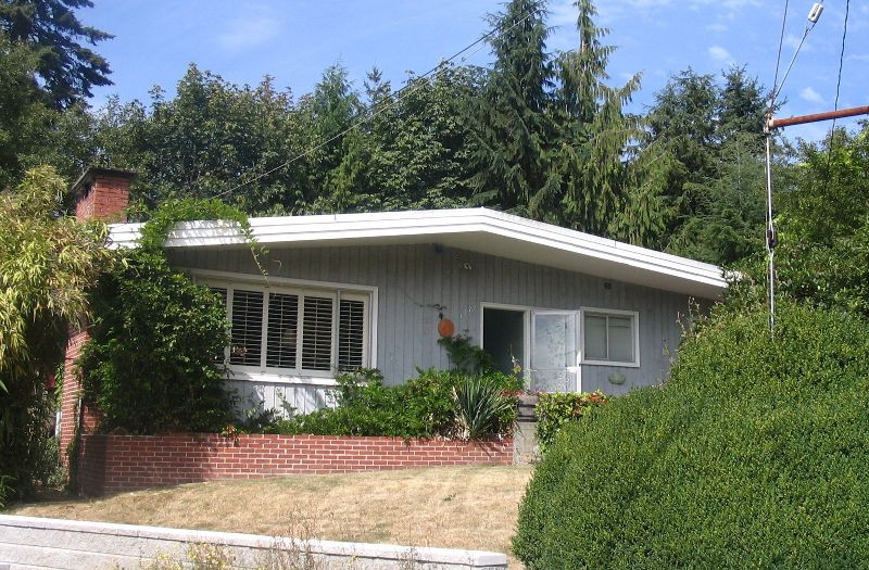 Main Photo: 1772 OTTAWA Place in West_Vancouver: Ambleside House for sale (West Vancouver)  : MLS®# V786516