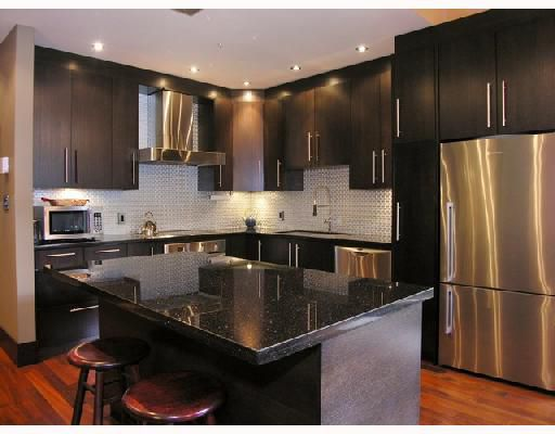 """Main Photo: 102 1970 HARO Street in Vancouver: West End VW Condo for sale in """"LAGOON ROYALE"""" (Vancouver West)  : MLS®# V726155"""
