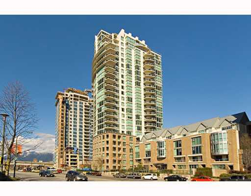 """Main Photo: 405 120 MILROSS Avenue in Vancouver: Mount Pleasant VE Condo for sale in """"THE BRIGHTON"""" (Vancouver East)  : MLS®# V774126"""