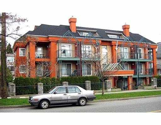 "Main Photo: 402 863 W 16TH AV in Vancouver: Fairview VW Condo for sale in ""BERKERLY COURT"" (Vancouver West)  : MLS®# V579319"