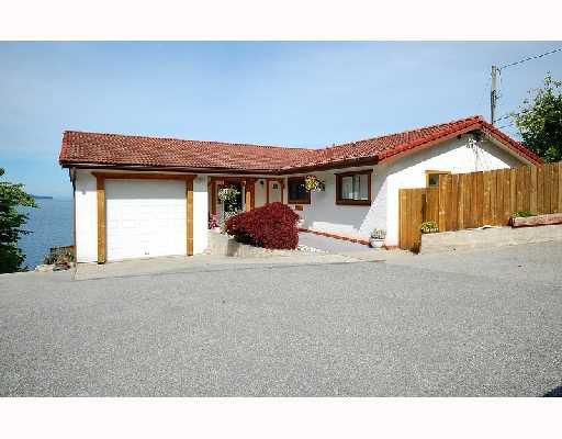 Photo 3: Photos: 5203 HIGHWAY 101 BB in Sechelt: Sechelt District House for sale (Sunshine Coast)  : MLS®# V717733