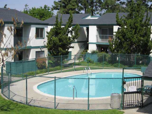 Main Photo: EAST ESCONDIDO Condo for sale : 2 bedrooms : 1811 East Grand Avenue #90 in Escondido