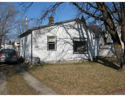 Main Photo: 1021 ROYSE Avenue in WINNIPEG: Manitoba Other Single Family Detached for sale : MLS®# 2920738