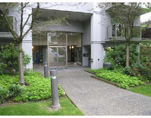 Main Photo: 102 1166 W 11TH Avenue in Vancouver: Fairview VW Condo for sale (Vancouver West)  : MLS®# V716855