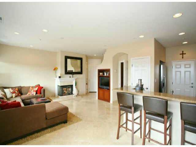 Main Photo: SAN MARCOS Residential for sale : 2 bedrooms : 1269 HIGHBLUFF AVENUE