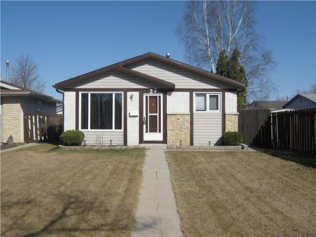 Main Photo: 27 Champagne Crescent in WINNIPEG: Fort Garry / Whyte Ridge / St Norbert Residential for sale (South Winnipeg)  : MLS®# 1005864