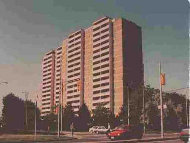 Main Photo: 7 2550 Pharmacy Avenue in Toronto: Condo for lease (E05: TORONTO)  : MLS®# E1438299