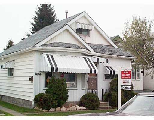 Main Photo: 573 WINDSOR Avenue in WINNIPEG: East Kildonan Residential for sale (North East Winnipeg)  : MLS®# 2702918