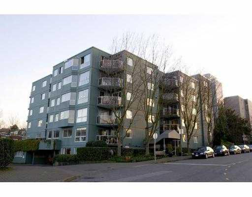 """Main Photo: 401 1510 W 1ST Avenue in Vancouver: False Creek Condo for sale in """"MARINER'S POINT"""" (Vancouver West)  : MLS®# V750023"""