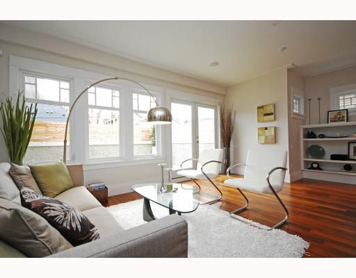 Main Photo: 3 144 W 14TH Avenue in Vancouver: Mount Pleasant VW Townhouse for sale (Vancouver West)  : MLS®# V756763