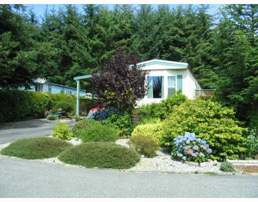 "Main Photo: 23 4116 BROWNING Road in Sechelt: Sechelt District Manufactured Home for sale in ""ROCKLAND WYNDE"" (Sunshine Coast)  : MLS®# V781061"