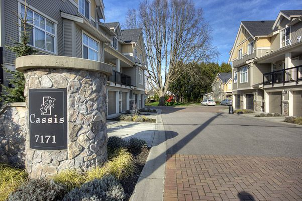 """Main Photo: 48 7171 STEVESTON Highway in Richmond: Broadmoor Townhouse for sale in """"CASSIS"""" : MLS®# V810717"""
