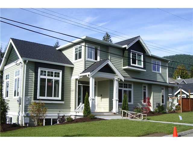 Main Photo: 3615 MAGINNIS Avenue in North Vancouver: Lynn Valley House for sale : MLS®# V855893