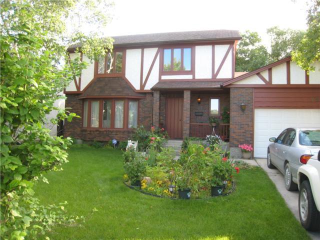 Main Photo: 79 MORNINGSIDE Drive in WINNIPEG: Fort Garry / Whyte Ridge / St Norbert Residential for sale (South Winnipeg)  : MLS®# 1013247