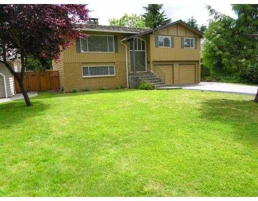 Main Photo: 645 E CARISBROOKE RD in North Vancouver: Upper Lonsdale House for sale : MLS®# V543501