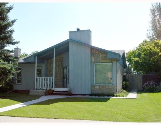 Main Photo: 194 PADDINGTON Road in WINNIPEG: St Vital Residential for sale (South East Winnipeg)  : MLS®# 2915305