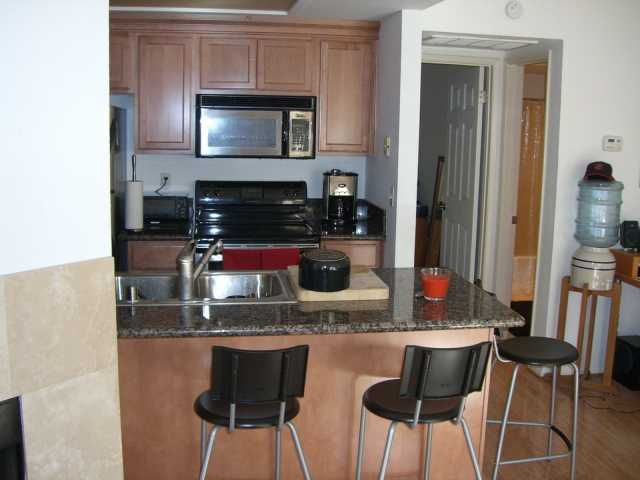 Main Photo: SAN DIEGO Condo for sale : 1 bedrooms : 2840 C #2