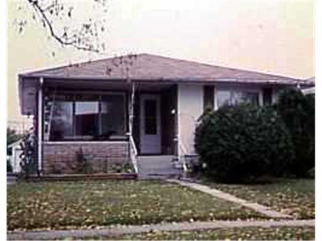 Main Photo: 307 KINGSFORD Avenue in WINNIPEG: North Kildonan Residential for sale (North East Winnipeg)  : MLS®# 9817607
