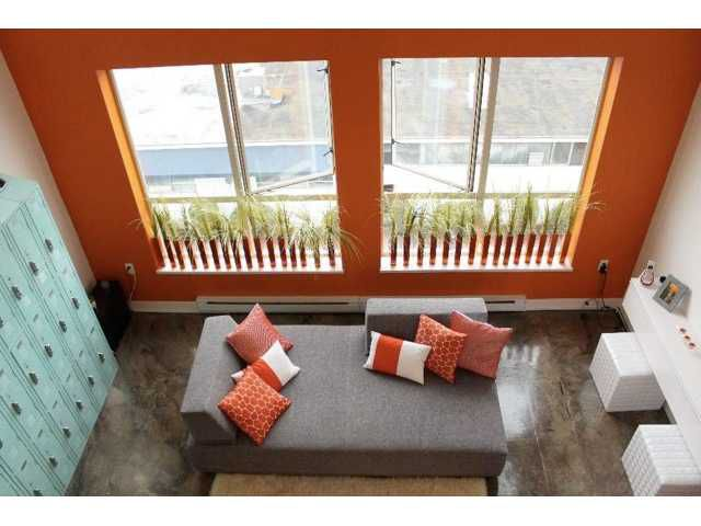 "Main Photo: 402 338 W 8TH Avenue in Vancouver: Mount Pleasant VW Condo for sale in ""LOFT 338"" (Vancouver West)  : MLS®# V857880"