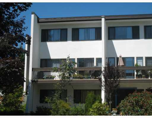 "Main Photo: 6 7351 MONTECITO Drive in Burnaby: Montecito Townhouse for sale in ""VILA MONTECITO"" (Burnaby North)  : MLS®# V748719"