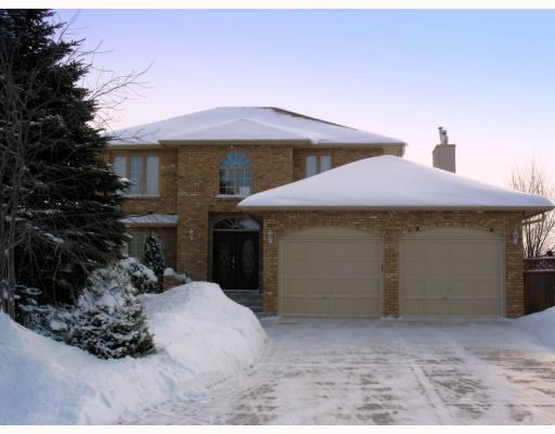 Main Photo:  in WINNIPEG: Windsor Park / Southdale / Island Lakes Residential for sale (South East Winnipeg)  : MLS®# 2901589