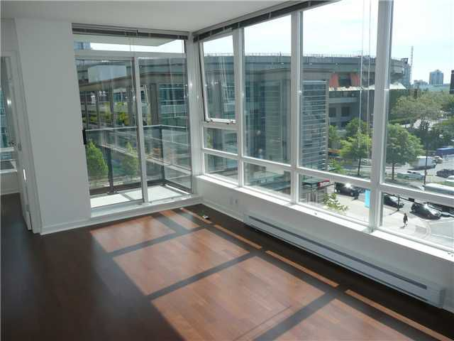 "Main Photo: 805 928 BEATTY Street in Vancouver: Downtown VW Condo for sale in ""THE MAX"" (Vancouver West)  : MLS®# V849610"