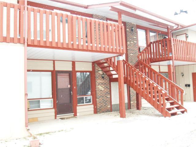 Main Photo: 409 OAKDALE Drive in WINNIPEG: Charleswood Condominium for sale (South Winnipeg)  : MLS®# 2950848